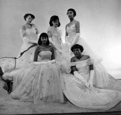 Harlem Debutantes, much tulle! French Fashion, Vintage Fashion, 1950s Fashion, Divas, African American Fashion, Vintage Black Glamour, Vintage Style, Little Girl Models, Life Magazine