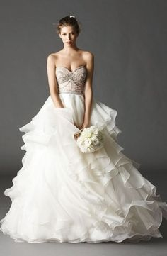 Sweetheart Princess/Ball Gown Wedding Dress  with Natural Waist in Organza. Bridal Gown Style Number:33053836