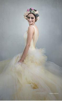 RMine Bespoke dress featured in Sue Bryce workshop, part of the JuneBug Weddings Fashion Forward workshop