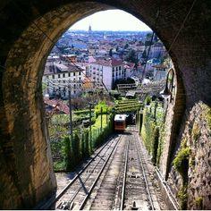 Bergamo (Italia) - funicolare per Città alta