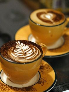 The Most Satisfying Cappuccino Latte Art - Coffee Brilliant Café Latte, Coffee Latte Art, Coffee Cafe, Coffee Drinks, Coffee Box, Coffee Mugs, But First Coffee, I Love Coffee, Coffee Break
