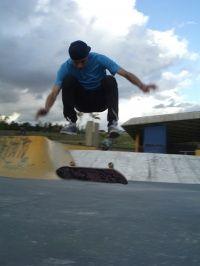 Manobra: Shove it heelflip Santo Andre-SP