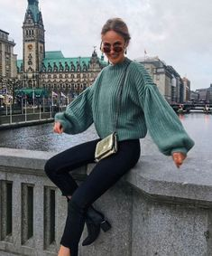 Green bell sleeve sweater with black jeans and black booties. Visit Daily Dress Me at dailydressme. Winter Outfits For Teen Girls, Winter Outfits 2019, Casual Winter Outfits, Winter Fashion Outfits, Look Fashion, Trendy Outfits, Fall Outfits, Fall Fashion, Womens Fashion