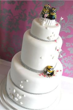 Minion wedding cake...seriously found our cake!!!