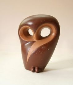 Beautiful vintage owl figurine