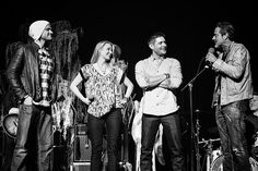 Winchester Family Reunion - Jared, Samantha, Jensen and JDM at VegasCon2015 - photo by Creation's Megan