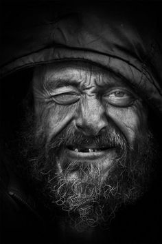 Wow check this awesome b and w portrait photography shadows. Old Faces, Many Faces, Black And White Portraits, Black And White Photography, Street Photography, Portrait Photography, Poverty Photography, Street Portrait, Men Portrait