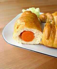 Je continue sur ma lancée, avec une nouvelle recette pour Pâques : les carottes briochées ! (en images)