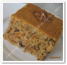 Starbucks s carrot cake . You know, it& spread in your mouth and feel your walnuts and your carrots . Mousse Au Chocolat Torte, Meat Restaurant, Russian Desserts, Healthy Meat Recipes, Starbucks Recipes, Pudding Cake, Girl Cakes, Cupcakes, Carrot Cake
