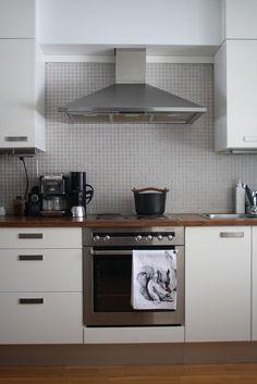 Välitila. Kitchen Cabinets, Home Decor, Decoration Home, Room Decor, Cabinets, Home Interior Design, Dressers, Home Decoration, Kitchen Cupboards