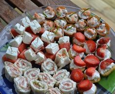 Appetizers For Party, Party Snacks, Tapas, Easter Dinner Recipes, Swedish Recipes, Party Food And Drinks, Sweet And Salty, Summer Recipes, Finger Foods