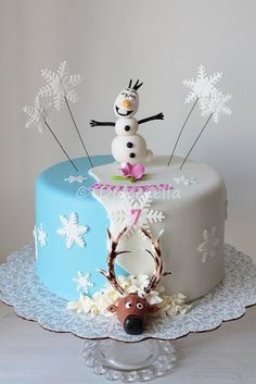 Disney Frozen for Briseis Disney Frozen Cake, Frozen Theme Cake, Frozen Party, Frozen Cake Designs, Disney Princess Birthday Cakes, Easy Minecraft Cake, Elsa Cakes, Lego Cake, Superhero Cake