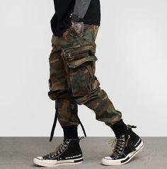 Autumn New Camouflage Cargo Pants Men Military Camo Buckle Straps Streetwear Jogger Pants Men Trousers Men Trousers, Cargo Pants Men, Sweat Pants, Men's Pants, Mens Cargo, Camo Pants, Men Street, Street Wear, Sneakers Fashion
