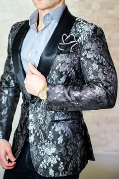 Not your average dinner jacket! What do be different  What to be Bold  e6ed6e34b17