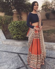 Indian fashion has changed with each passing era. The Indian fashion industry is rising by leaps and bounds, and every month one witnesses some new trend o Indian Wedding Outfits, Pakistani Outfits, Indian Outfits, Indian Attire, Indian Ethnic Wear, Desi Clothes, Indian Clothes, Indian Lehenga, Black Lehenga