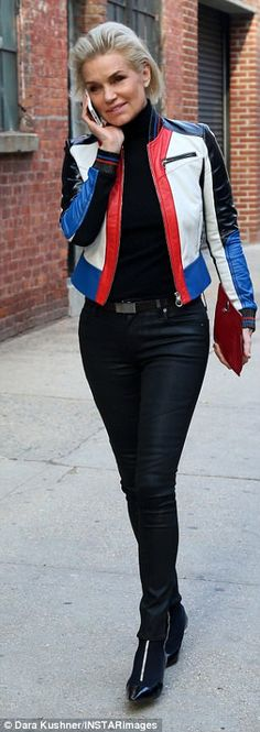 Like daughter, like mother! On Tuesday, Yolanda Hadid, 53, took to Instagram to share a snap of herself dressed in a color block jacket belonging to Gigi, 21. Yolanda is pictured in NY earlier this month, while Gigi last December