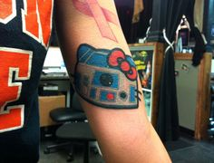 Hello Kitty R2-D2 Tattoo [Pic]  WANT THIS TATTOO WANT THIS TATTOO!!!!