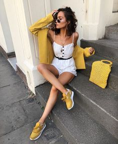 The perfect striped playsuit outfit combined with mustard sneakers, mustard blazer and a mustard knit bag! (Worn by Lissy Roddy) 👠 Stylish outfit ideas for women who love fashion! 70s Fashion, Love Fashion, Fashion Outfits, Womens Fashion, Fashion Design, Woman Outfits, Feminine Fashion, Fashion Clothes, Fashion Boots