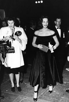 Gene Tierney at the Academy Awards, 1946. #vintage #1940s #actresses