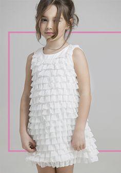 Vestidos de nena moda primavera verano 2018. Vestidos de fiesta para nenas 2018. Little Girl Fashion, Kids Fashion, Casual Outfits, Girl Outfits, Girls Dresses, Flower Girl Dresses, First Communion, Hair Beauty, Victoria