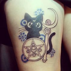 gurogurogirls:  New sailor moon tattoo, we're doing color on it on Sunday! By Anna Spitz of TRX Tattoos, St. Louis