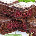 Une tuerie ce gâteau, enfin pour ce qui aime le chocolat!!! Recette trouvéedans le magazine