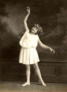 1920s-Vaudeville-Dancer-in-Greek-Toga-Vintage-Stage-photo