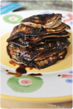 Banana pancakes with only 2 ingredients:bananas and eggs.But I did add some rice flour to the last batch....