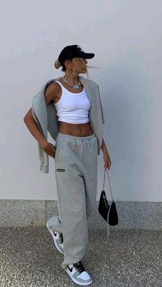 Tomboy Fashion, Look Fashion, Streetwear Fashion, Fashion Outfits, French Fashion, Fashion Ideas, Fashion Inspiration, Fashion Tips, Mode Outfits