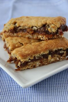Bites of Sweetness: spiced date, apple and sticky oat slices