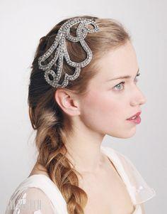Myrtha #aniburech #bridalheadpieces #brides #tocadosdenovia #cherubina…