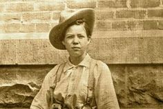 """Pearl Hart was the """"Lady Bandit"""" who pulled off the last stagecoach heist in the Old West outside Globe, Arizona Territory in 1899. But she also was a poet who liked poking her victims in the eye: """"While the birds were sweetly singing, and the men stood in a line/And the silver softly ringing as it touched this palm of mine/There we took away their money, but left them enough to eat/And the men looked so funny as they vaulted to their seats."""""""