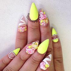 Spring/ Summer nails by @nailsbymztina on Instagram