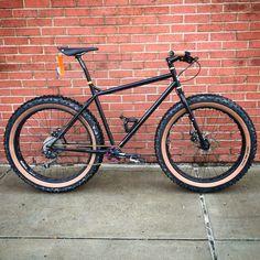 Surly Pugsley Surly Bike, Speed Art, Fat Bike, Touring Bike, Horse Stalls, Bicycling, Bike Life, Cool Bikes, Apocalypse
