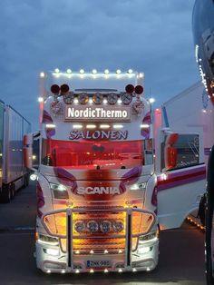 Customised Trucks, Bull Bar, Cool Trucks, Chevy, Transportation, Vehicles, Night, Projects, Custom Big Rigs