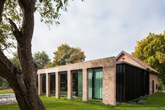 DMOA renovates old hunting refuge la branche in belgium