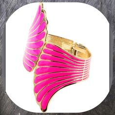 "🎉HP Top Trends🎉💜Fuchsia and Gold tone Wing Cuff Fuchsia and Gold Wing Cuff.  Hinge Closure.  2.5"" Wide.  Gold tone plated Brass and Enamel. Amrita Singh Jewelry Bracelets"