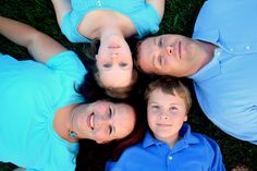 family of 4 poses - Google Search