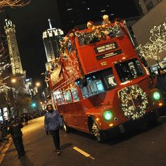 pictures of christmas on the magnificent mile | magnificentmileparade