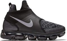 Buy and sell authentic Nike Air VaporMax Chukka Slip Black Silver shoes and thousands of other Nike sneakers with price data and release dates. Latest Sneakers, Sneakers Fashion, Air Max Sneakers, Sneakers Nike, Nike Shoe, Baskets, Sneaker Bar, Nike Boots, Kicks Shoes