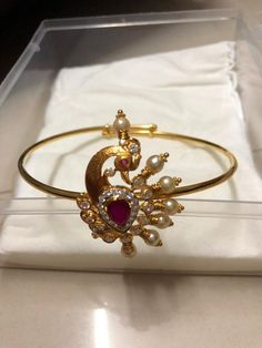 Where Sell Gold Jewelry Refferal: 1491787565 Gold Temple Jewellery, Real Gold Jewelry, Fancy Jewellery, Gold Jewelry Simple, Vanki Designs Jewellery, Jewelry Design Earrings, Gold Earrings Designs, Gold Bangles Design, Gold Jewellery Design