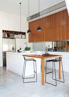 Want a heads-up on how to do open plan perfectly? Head to our website - link in bio - where you'll find the story of this kitchen/living room. Look for the story 'Divide & Conquer' under the 'Kitchen' tab Photography Interior design Smart Kitchen, Open Plan Kitchen, Kitchen Ideas, Living Room Kitchen, Living Room Bedroom, Kitchen Benches, Bohemian Style Bedrooms, Modern Kitchen Design, Sweet Home