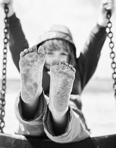 children's black white photography swinging playing outside bottom of feet dirty, Black N White, Black And White Pictures, Children Photography, Portrait Photography, Happy Photography, Photography Women, Photography Ideas, Art Beauté, Belle Photo