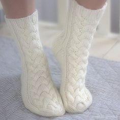 Ravelry: KANELI socks pattern by Marianne Heikkinen