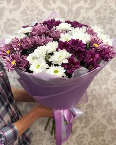 На данном изображении может находиться: цветок и растение
