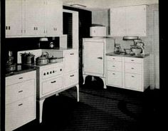 The first examples of full-blown semi-fitted metal kitchens that I have spotted were in the 1930s, in very high-end homes shown at expositio...