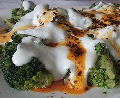 Mantı Tadında Brokoli Salatası - Pratik Ev Yemekleri