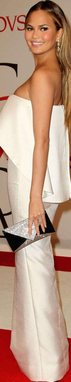 Chrissy Teigen 2015 CFDA Fashion Awards | LOLO❤