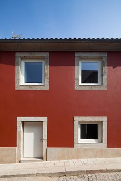 Obra da autoria do arquitecto Sebastião Moreira - Casa LD, Porto