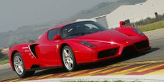 Top speed: 218 mph The Enzo's goal wasn't outright top speed, but 218 is not too shabby.   - RoadandTrack.com